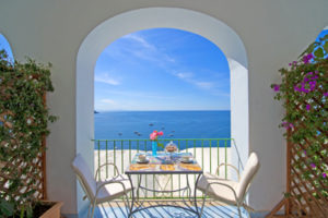Where-to-sleep-in-the-Amalfi-Coast
