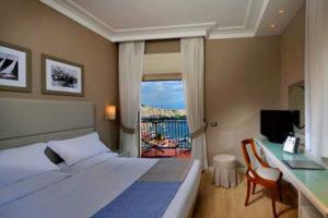 Where to sleep in Naples