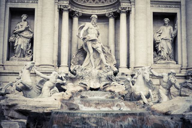 Trevi Fountain Decorations